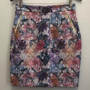H&M multicolor pencil skirt. Like new.